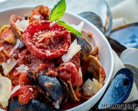 Pasta Pescatore in a large white bowl ready to be served.